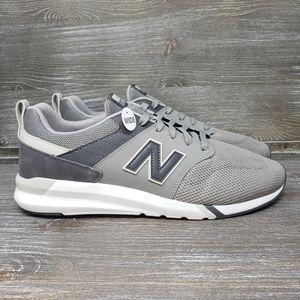 NWOT - New Balance Men's 009 V1 Sneaker